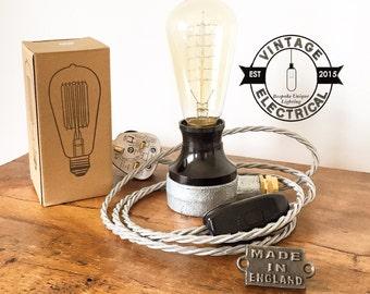 Le millésime clair table industrielle de Barford bakélite edison filament steampunk uk plug en laiton glande cordon rustique e27 es vis lampe
