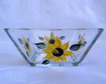 Small sunflower dish, sunflower bowl, hand painted bowl, serving bowl, square bowl,snack bowl, dip bowl, kitchen decor, sunflowers