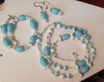 Milk glass and Light Blue Necklace. Bracelet and Earrings, Vintage Beads
