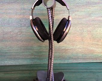 headphone stand- Genaro