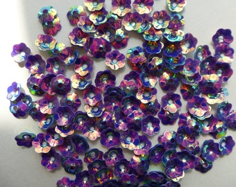 Purple flower sequins. Flower.  8mm   Set of 250
