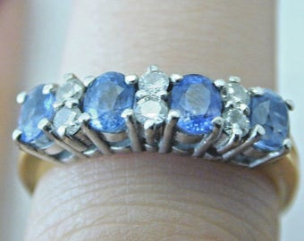 Cornflower blue sapphire and diamond ring size J 1/2 3.5g