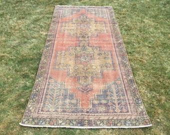 Vintage Oushak rug,Turkish rug ,faded muted colored decorative rug home of vintage rug, boho rug ,vintage rug, turkish rug.7'9×3'7