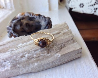 Sardonyx Wire wrapped Ring with Gold Copper - Any Size - Crystal Healing Spiritual Jewelry - Passion, Creativity, Crystal Band Ring