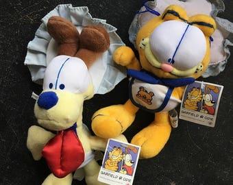 Garfield and Odie (90's Baby - Stuffed Animal Set)