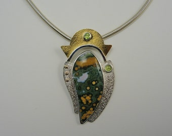 Ocean Poppy Necklace with Peridots (#N-26)