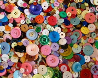 500 Buttons Rainbow Button Mix, Assorted Sizes (BK 589 B)