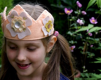 birthday crown pattern - felt crown pattern - flower crown - princess crown - waldorf brithday crown