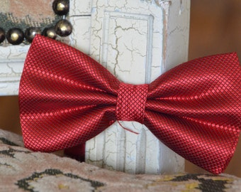 Stylish Red Bow Tie For Men, Bow Tie For Any Occasion, Bow Tie For Weddings, Bow Tie For Graduation, Bow Tie For Birthday, Special Occasion
