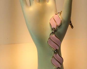 Vintage Pink Coro Bracelet