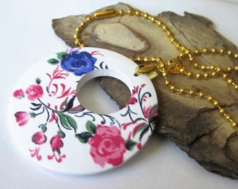 Donut Pendant Necklace, Donut Necklace, Pink Flower Necklace, Round Wood Pendant Necklace, Wooden Pendant, Flower Jewelry