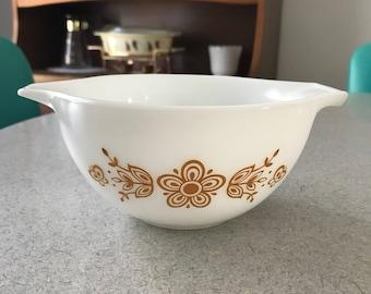 Vintage Pyrex Cinerella Bowl 471 Butterfly Gold