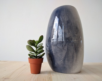 Ceramic Modern Vase // Blue and Black // Totally Handmade ( NO MOLD USED)