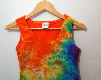 Adult ladies small vest - Rainbow swirls