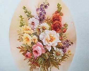 Transfert 0024: Magnifique bouquet de fleurs dans ovale