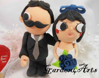 NEW--Custom Clay Wedding Cake Topper-Love couple with circle clear base