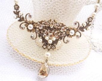 Bridal necklace, Swarovski necklace, Bridal jewelry, Pearl necklace, Vintage style necklace, Swarovski crystal necklace, Rose Gold necklace