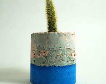 Round Concrete Vessel
