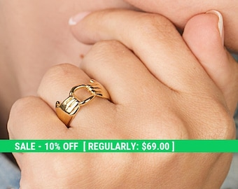 Holding Hands Ring – 14K Gold Plated Ring