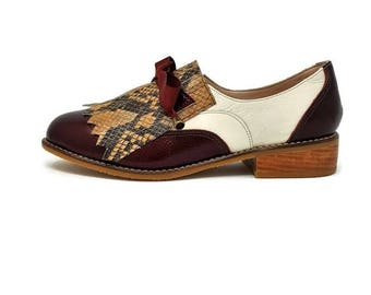 Paris-Leather Shoes- Oxford shoes-Women Shoes -Flat Shoes -Oxfords for women -Fringe Oxford Women -Slip on Shoes- Burgundy and cobra leather