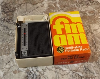 Vintage AM-FM solid state portable radio