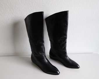 VINTAGE Boots Black Leather Tall Womens Size 8 Flat