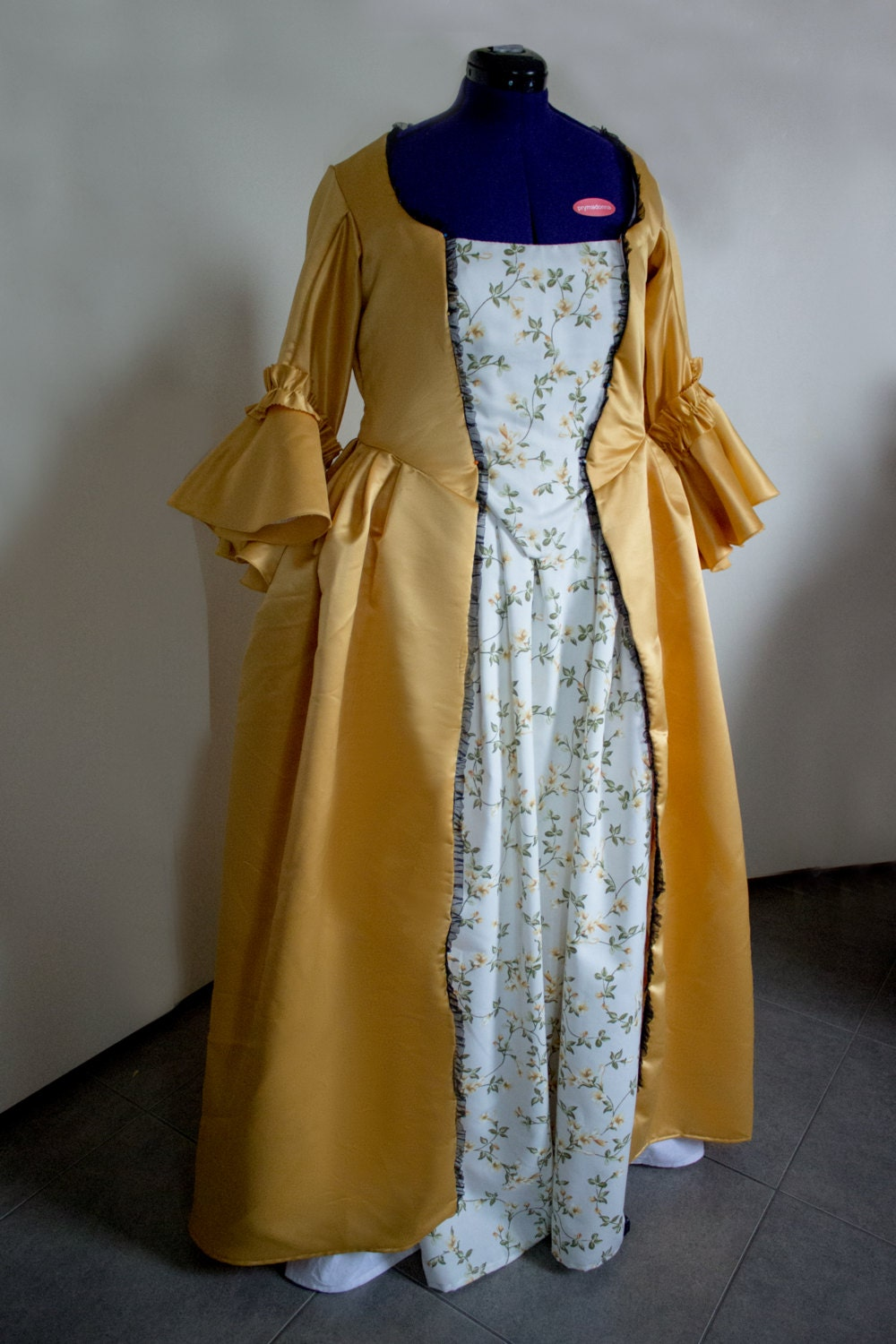 18th Century Inspired Yellow Dress Multiple Choice Of Sizes