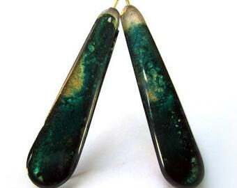 Deep greensnd gold resin statement earring.