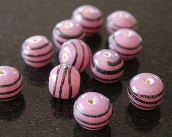 "8 glass beads ""lampwork"", violet color. (ref:2632)."