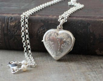Silver Heart Locket Necklace, Sterling Silver Locket Pendant, Silver Photo Locket, Silver Picture Locket Freshwater Pearl Locket, Push Gift