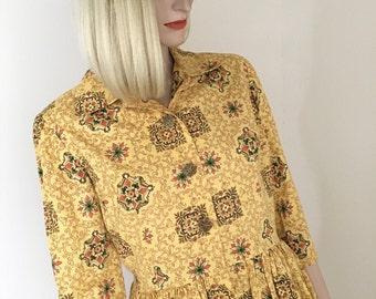 50s 60s Vintage Cotton Print Peplum Tunic Top Yellow Multi-Color Shirt Front Button Blouse