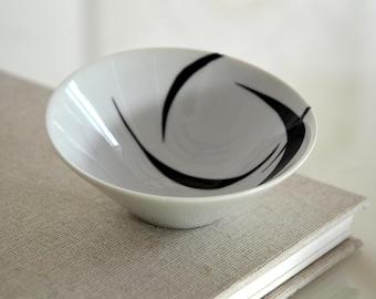 Bowl porcelain, appetizer bowl,minimal bowl,circles, movement, black and white hand painted bowl, porcelain art by Cristina Ripper
