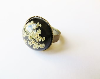 Dry Flower Jewelry, Flowers Ring, adjustable ring, floral jewelry, White Flower, Statement Ring