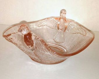 Bowl with bird fly pink depression glass, depression glass pink birds bowl dish.