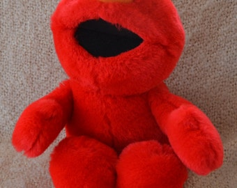 "TICKLE Me ELMO, 16 1/2"" Tall. Press his tummy & he says  "" That Tickles and Oh  Boy.""  Red Plush. VINTAGE  1995."