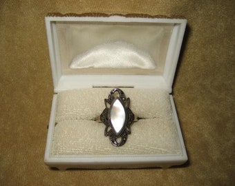 Sterling Marcasite and Mother of Pearl Ring Size 7 1/2 Vintage