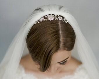 Wedding veil comb, crystal wedding comb, crystal and pearl comb, small bridal comb, Swarovski comb, delicate comb, flower comb - Lucille