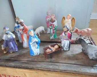 Beautiful Vintage Nativity Figures Complete Set