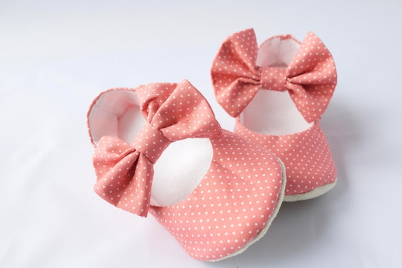 Mary Jane soft sole shoe with bow across strap