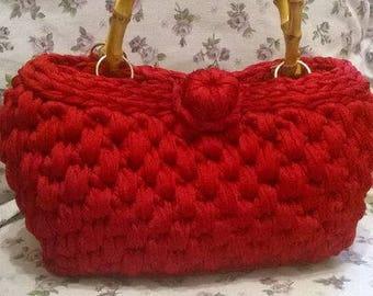 Crochet bag in dark red ribbon and bamboo handles