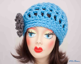 Super Bulky Beanie with Loopy Flower