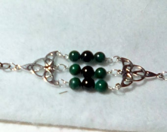 Malachite and onyx stone Celtic knot bracelet
