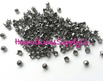 25pc Tent Shaped Gun Metal Prong Studs. FAST Shipping with Tracking for US Buyers. Great for DIY Projects, Clothing Embellishment etc.