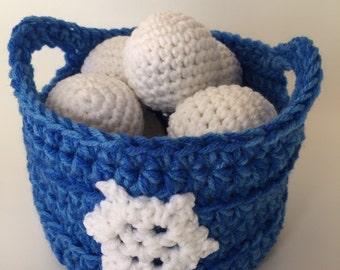 Indoor Snowball Fight, Crochet Snowball Set, Snowballs and Basket