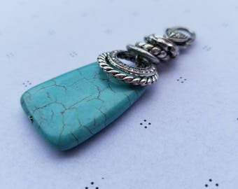 Turquoise Howlite Pendant with clasp