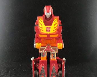 1986 G1 Transformer Autobot Cars Hot Rod. Figure only without accessories.