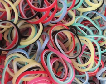 Carnival** Rainbow Loom Bands Refill. 600 bands & c-clips. Guaranteed authentic. Latex-free.