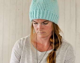 Chunky Knit Hat / The Scarlett / Ice Blue