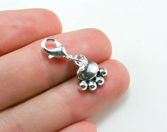 Dog Paw Charm. Silver Dog Lover Clip On Charm. Bracelet Charm with Dog Paw. SCC183