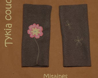 Fingerless gloves gray fleece, asymmetrical, with flowers